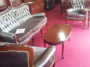 Y4A014B OFFRE ACCESSOIRES: SALON AFRICAIN MADE IN CAMEROUN