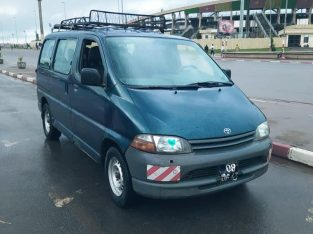 VOITURE A VENDRE YAOUNDE TOYOTA HIACE DIESEL