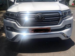 VOITURE A VENDRE TOYOTA LAND CRUISER DOUALA